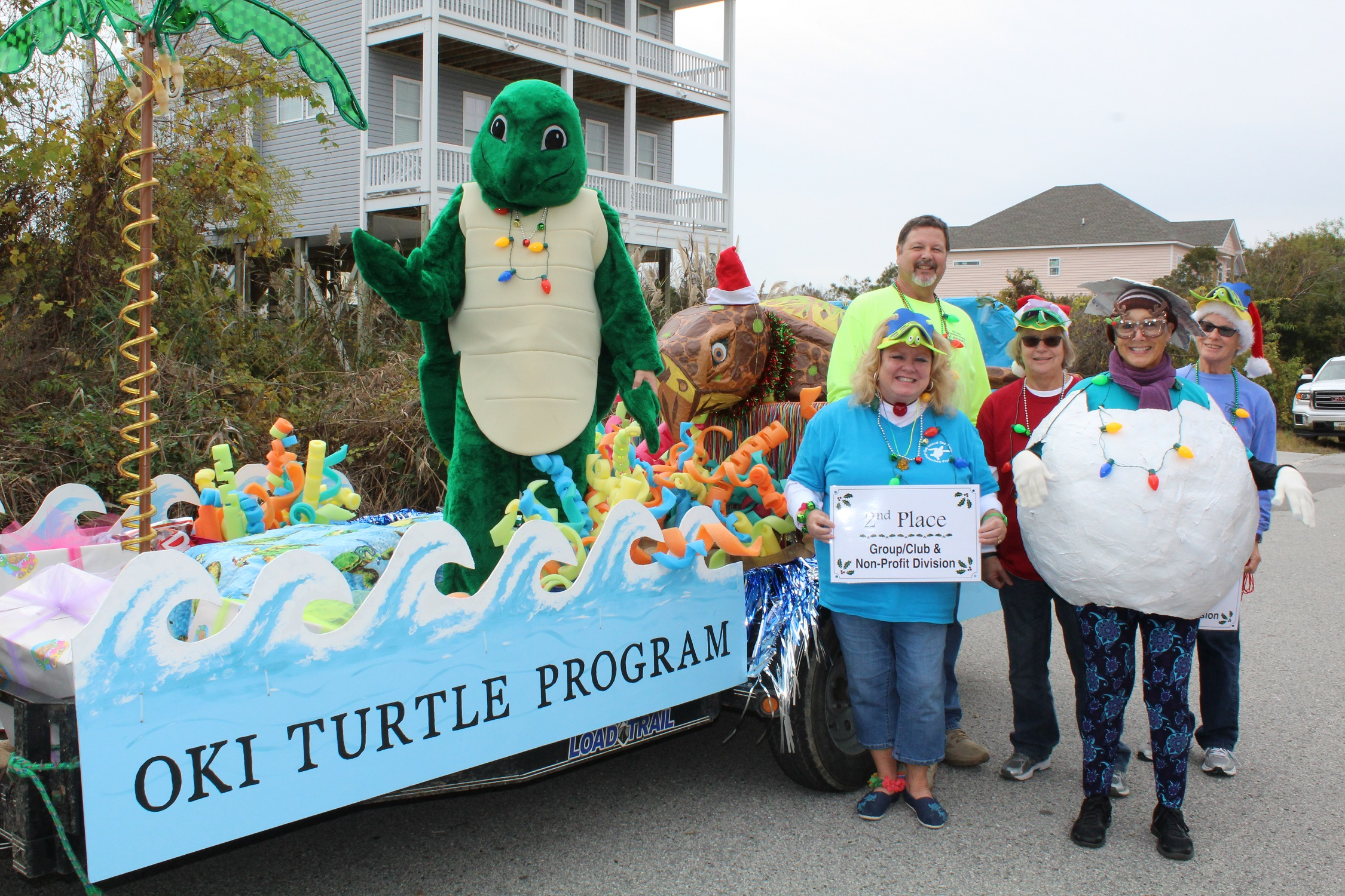 Winners Announced in Christmas Parade on Oak Island Float Compeion on